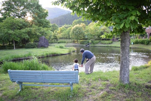 孫とおじいさん